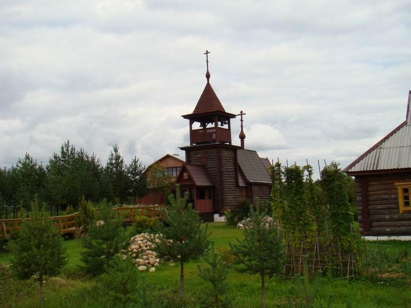 Деревня Мартюхи Вяземского района храм Феодора Стратилата